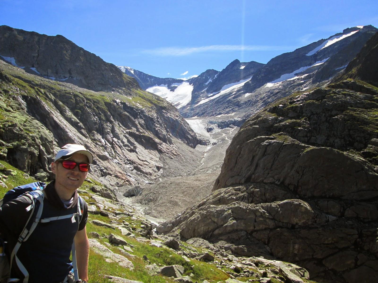 Glacier Tre-la-Tete