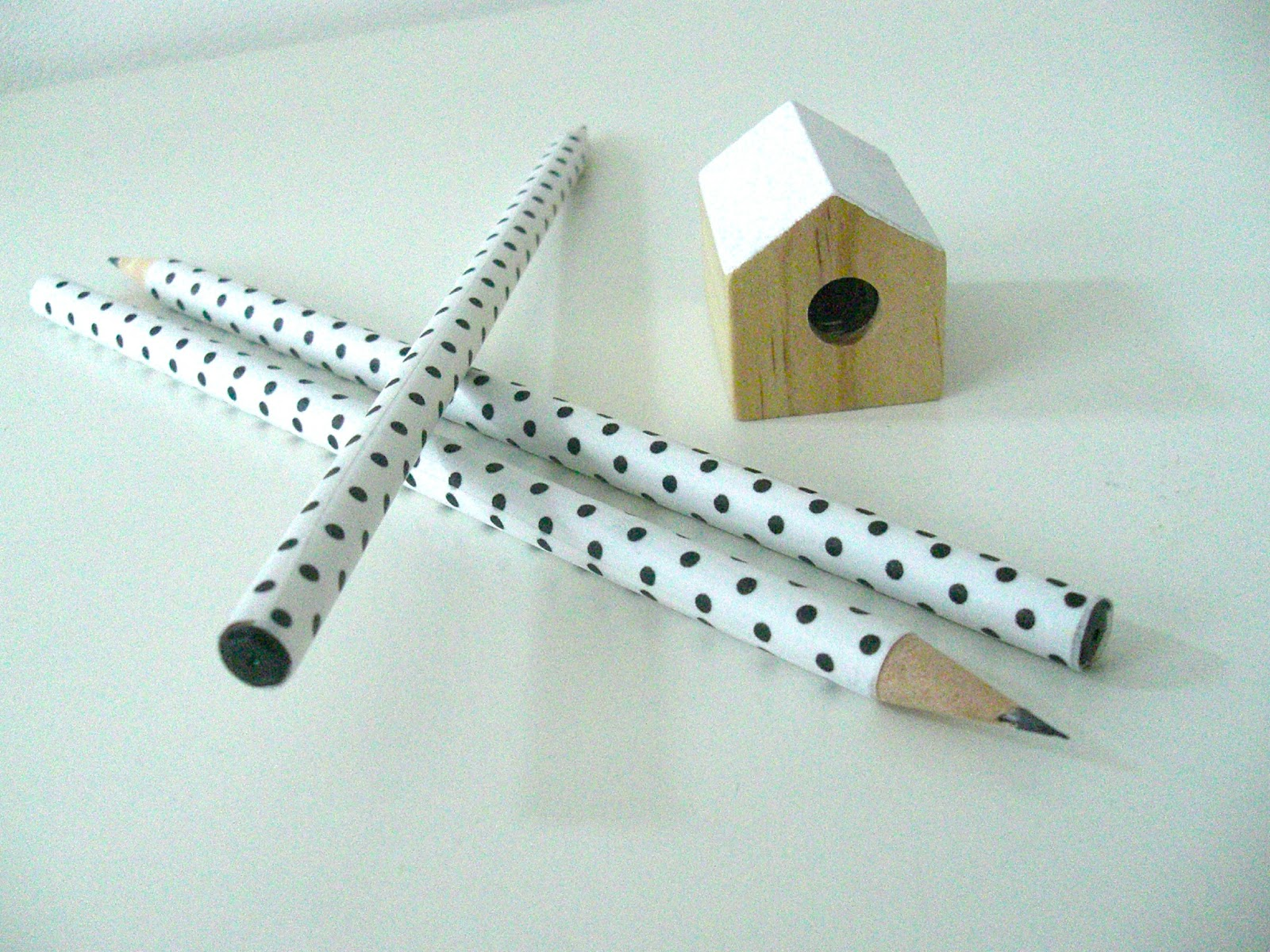 Gabulle in wonderland customiser vos crayons avec du - Que faire avec du masking tape ...