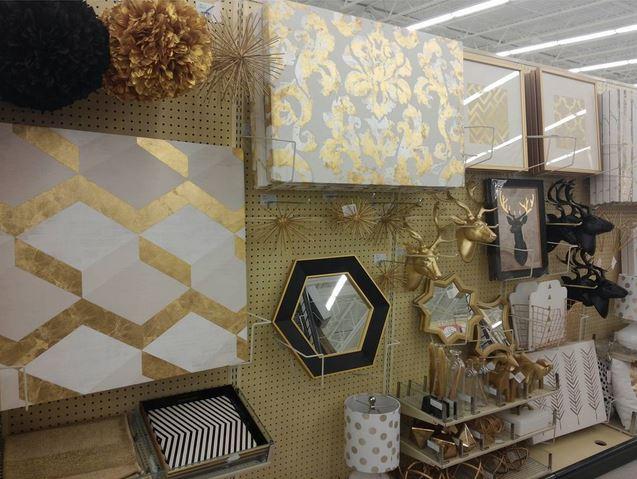 Elegant Gold Decor and Wall Art