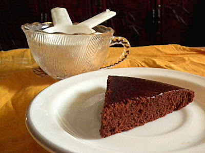 Eggless Chocolate Cake Recipe  @ http://treatntrick.blogspot.com