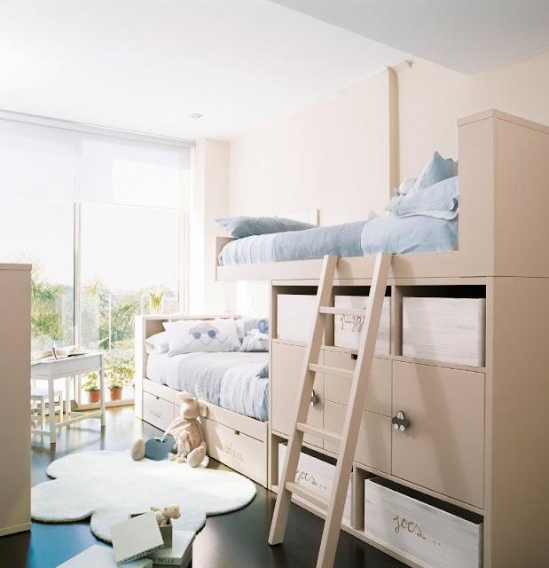 dormitorio con literas para niños
