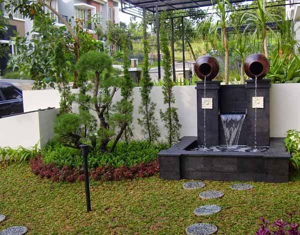 Teras dan taman rumah minimalis 1
