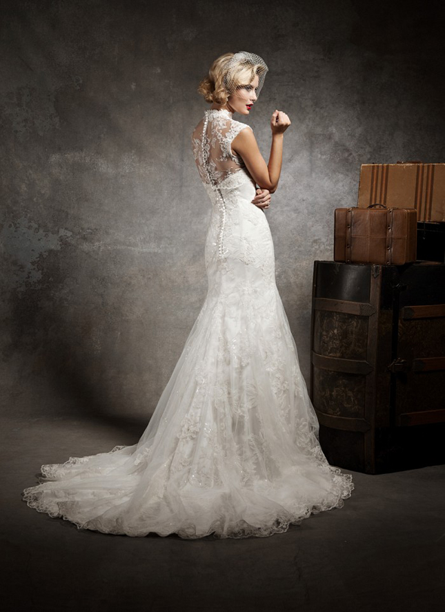 Lace back wedding dresses part 3 belle the magazine for Wedding dresses lace back