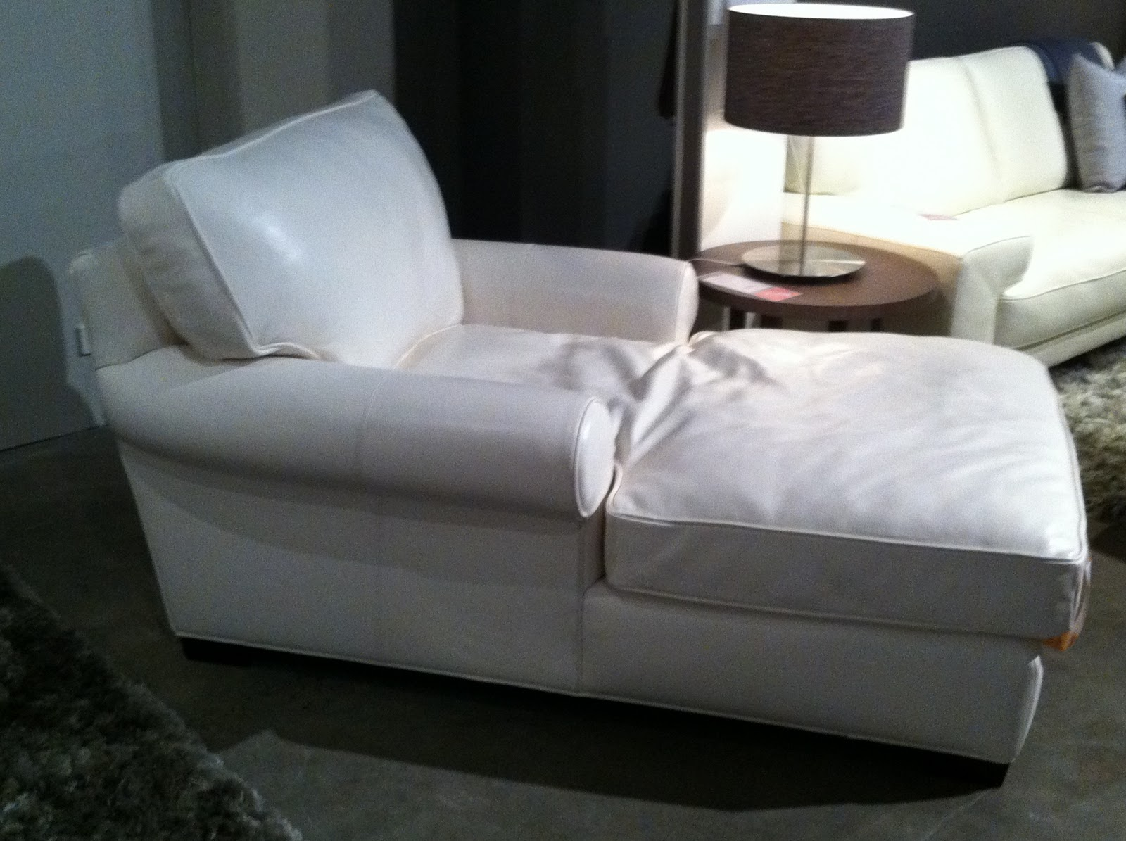 Shayne jason build a house chaise love - Chaise a housser ...