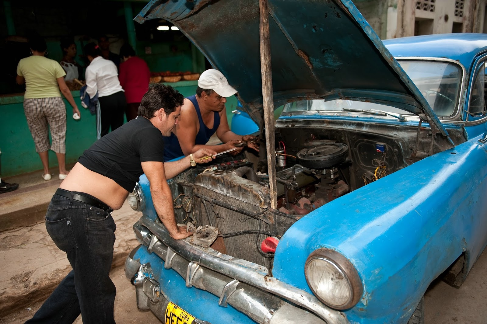 Cuba,The Classic Car Scene & Your Chance to Join It-Discovery ...