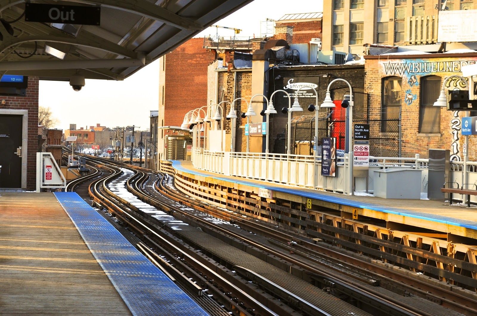 Damen Blue Line Station in Wicker Park