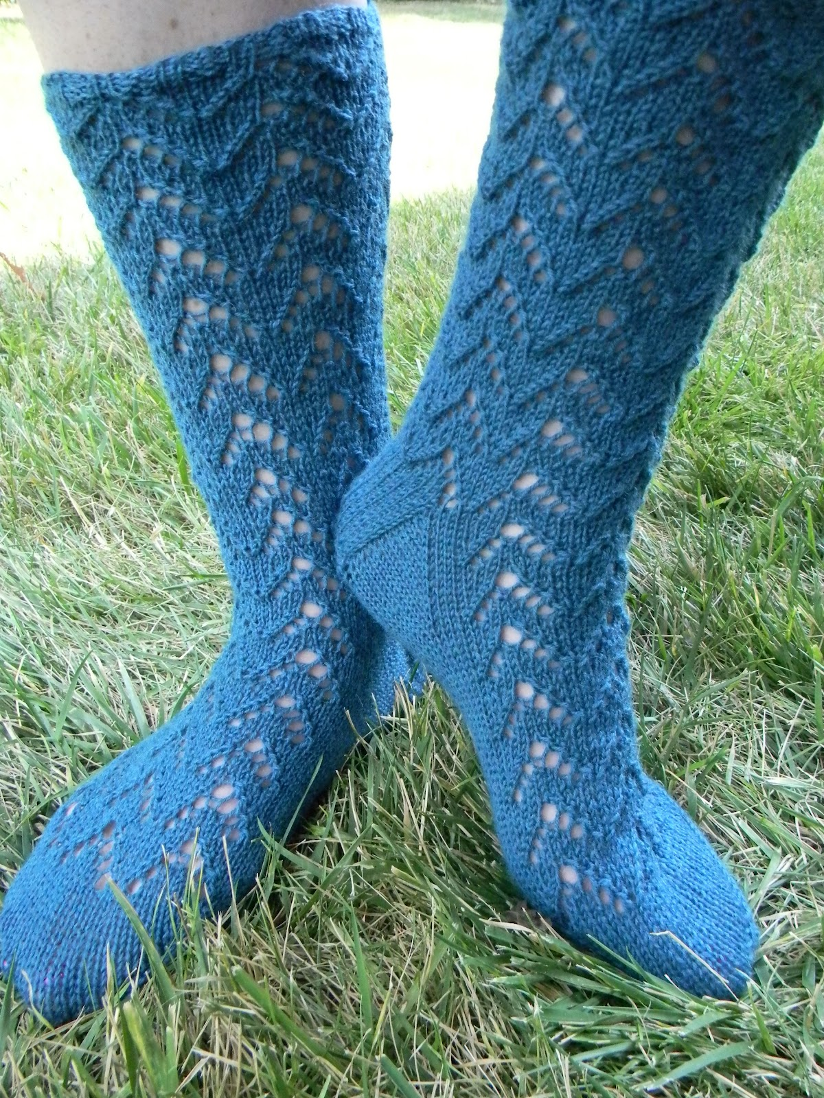 Kelly Darke - Fine Art: Sock knitting pattern available through Craftsy and R...