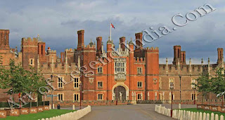 Hampton Court, Cardinal Wolsey began this magnificent building in about 1515. Henry was angered at being outdone by one of his subjects, and Wolsey gave him the palace hoping to appease him.