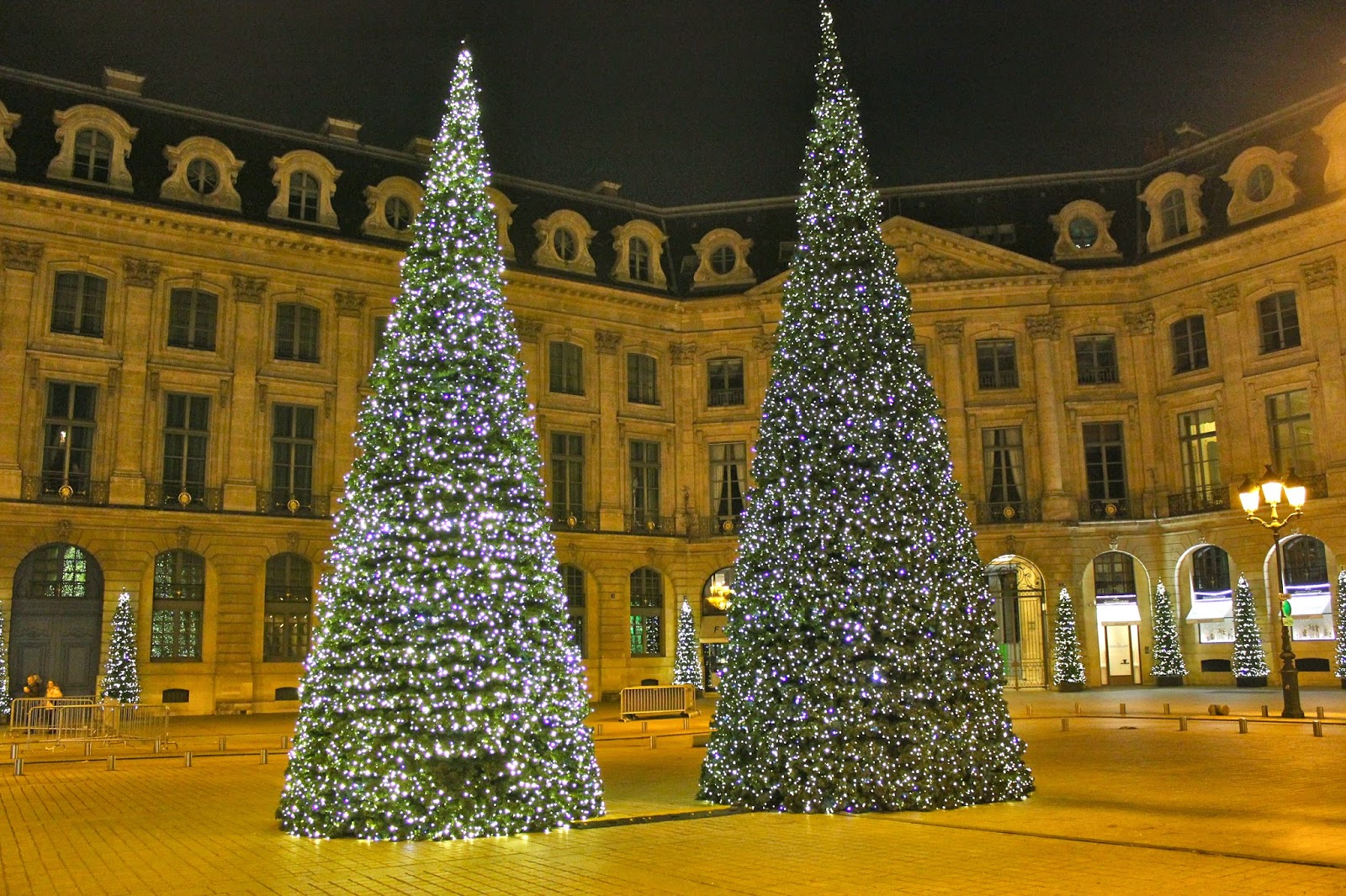 Esther paris illuminations place vendome 2014 - Illumination paris 2014 ...