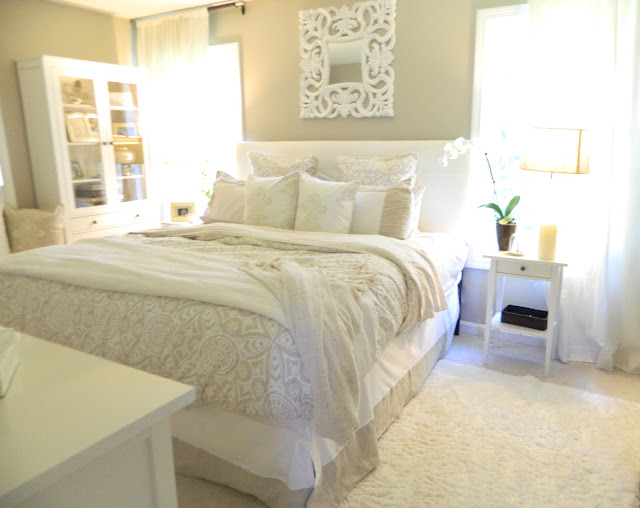 Peaceful home decor our romantic and peaceful for Peaceful master bedroom designs
