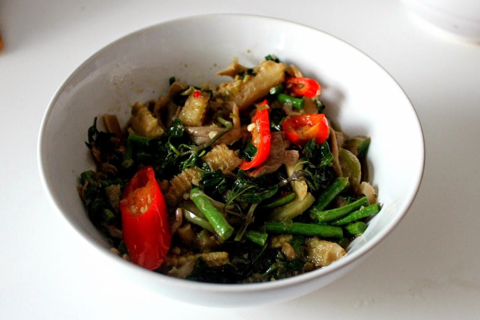 gaeng kiew wan green curry Thailand