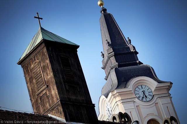 A Szent Miklós templom tornyai - Kecskemét, Magyarország
