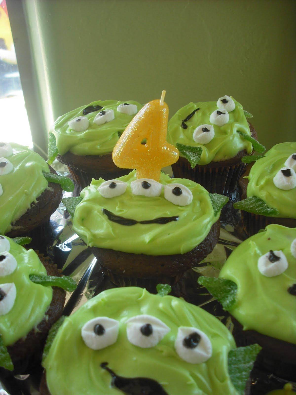 Polka Dots And Recipes Alien Cupcakes