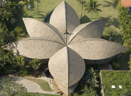 leaf house, shape, angra dos reis, brazil, awesome, architecture, weird, building, house, home, rio, cool, design, price, malaysia