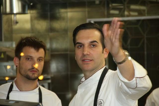 MARIO SANDOVAL EN LA COCINA DE COLUMBUS. BLOG ESTEBAN CAPDEVILA