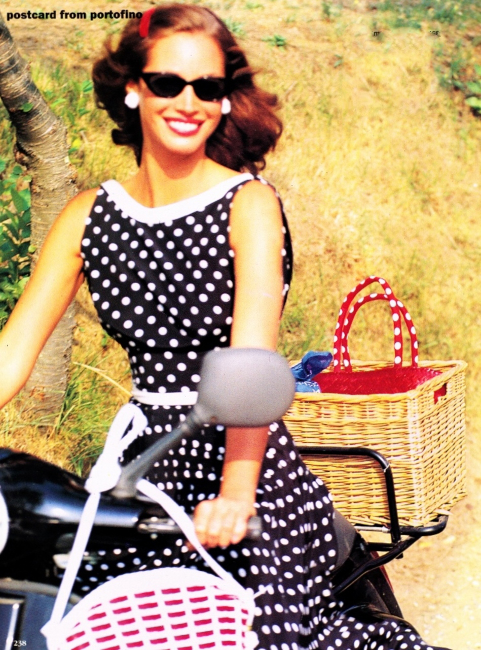 Christy Turlington photographed by Arthur Elgort for Vogue US December 1992 / bicycles in Vogue, Harper's Bazaar, Marie Claire, Elle fashion editorials and campaigns / via fashioned by love british fashion blog