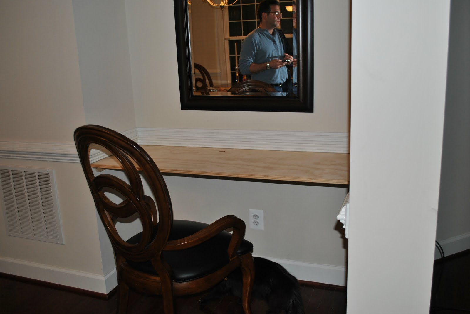 Adventures in diy dining room niche desk finished for Dining room niche ideas