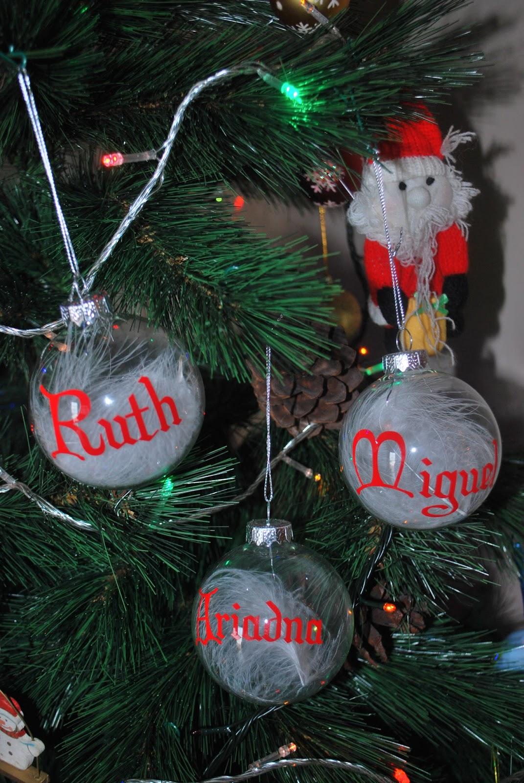Mi peque o rinc n de scrap bolas de navidad con vinilo - Bolas de navidad ...