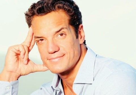 Suposto vídeo em que o ator Carlos Machado, o Ferdinand da novela Fina Estampa, aparece em cenas íntimas se masturbando.