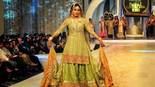 bridal-dress-show-3