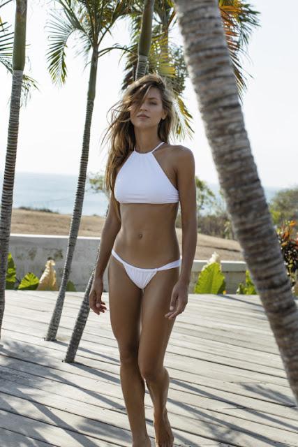 An american sexy girl.