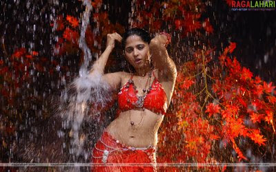anushka hot videos