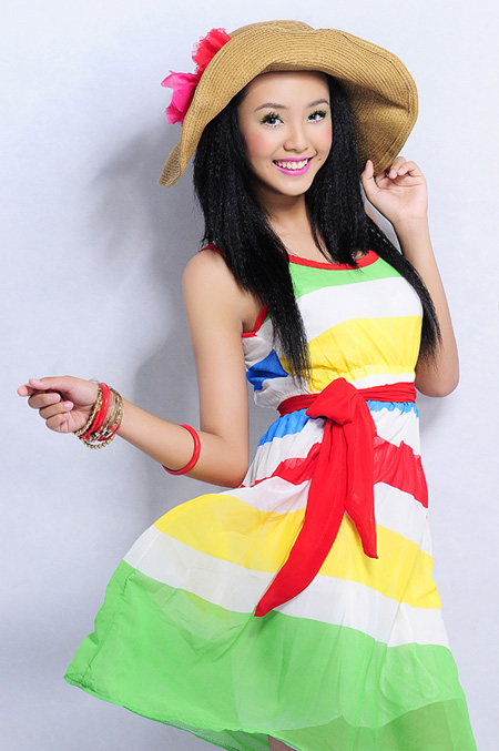 Vietnamese Model 12 years old Bao Tran with Color Block fashion