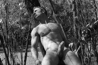 Derrick Davenport erection
