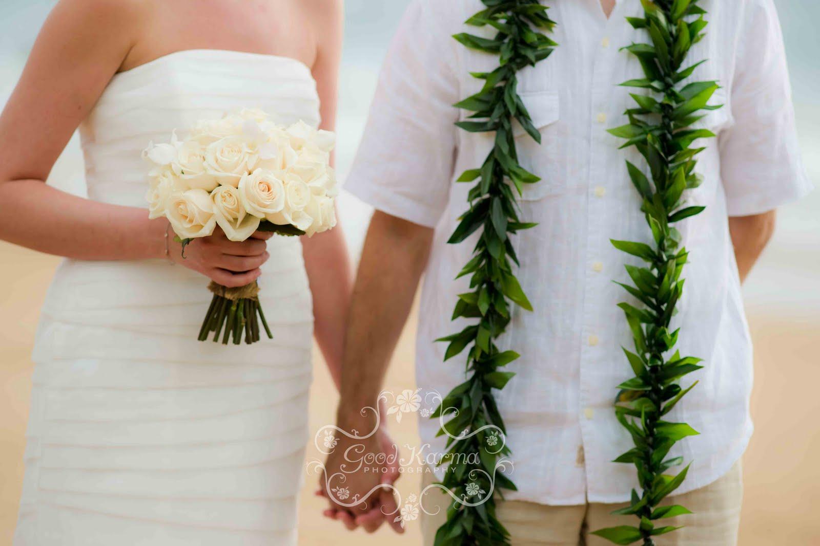 http://3.bp.blogspot.com/-qRUgZOmHkm4/TZ90tKirr_I/AAAAAAAAEO0/5a01iHe2nF0/s1600/Maui%2BWedding%2BPhotographer-1.jpg