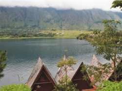 Hotel Terbaik di Danau Toba Parapat - Pandu Lakeside Parapat Hotel