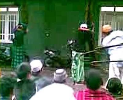 Video 3 Santri Dihukum Cambuk Beredar di Jombang
