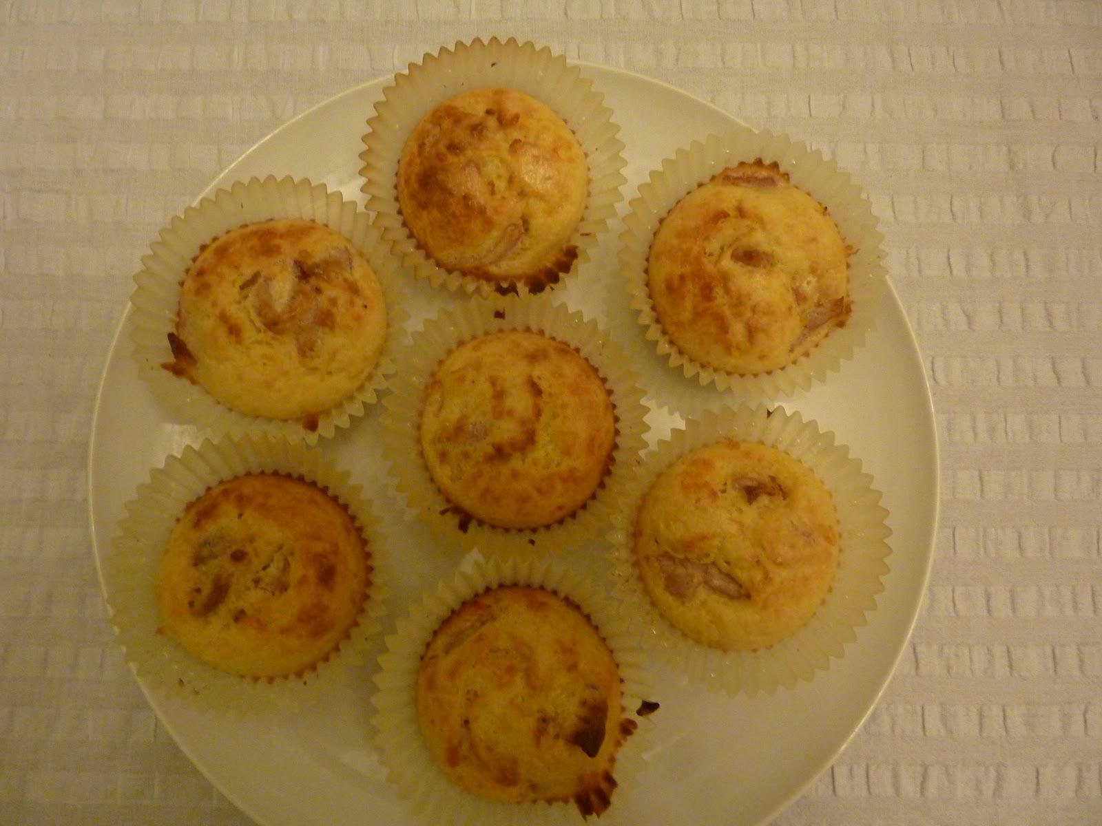 Handmade By Hannah: Egg and Bacon Cupcakes