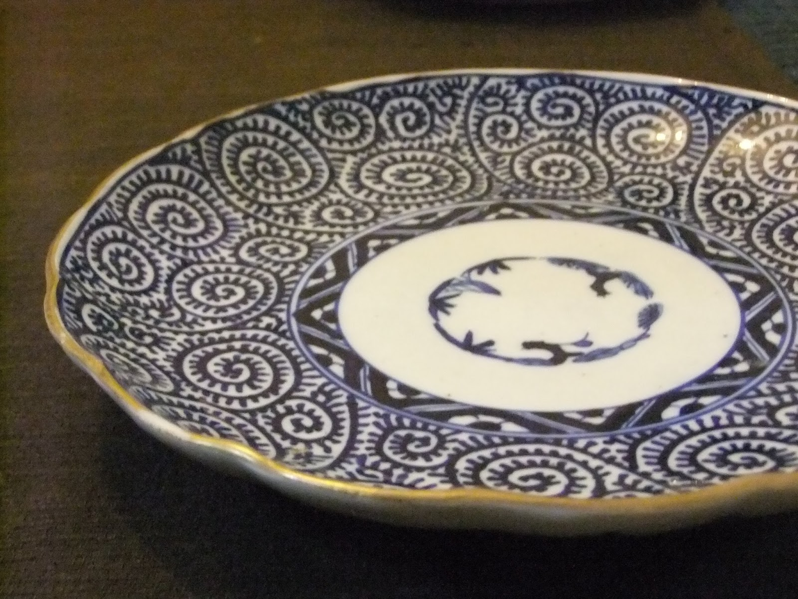 100年前の日本の食器たち                        「吉祥寺Puku Puku」