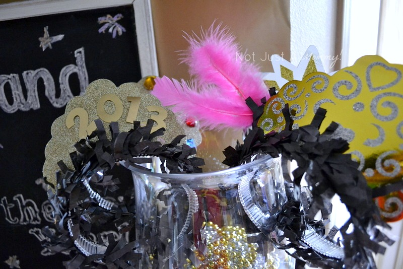 5 Easy New Year's Eve Party Tips; have lots of party accessories