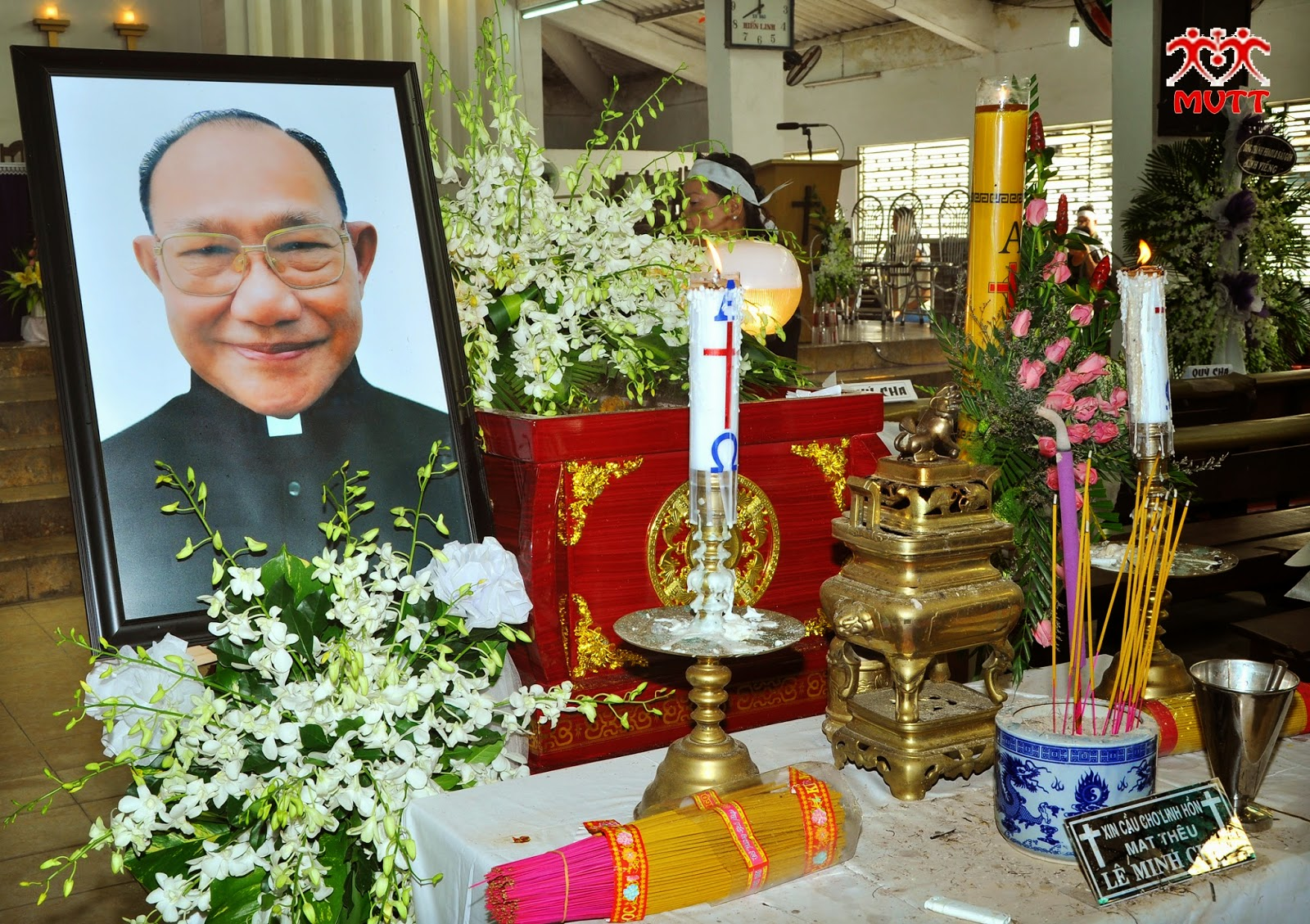 Lễ An Táng Linh Mục Matthêu Lê Minh Châu