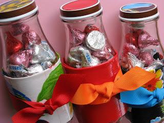 Potinhos reciclados porta-chocolates para o dia dos namorados