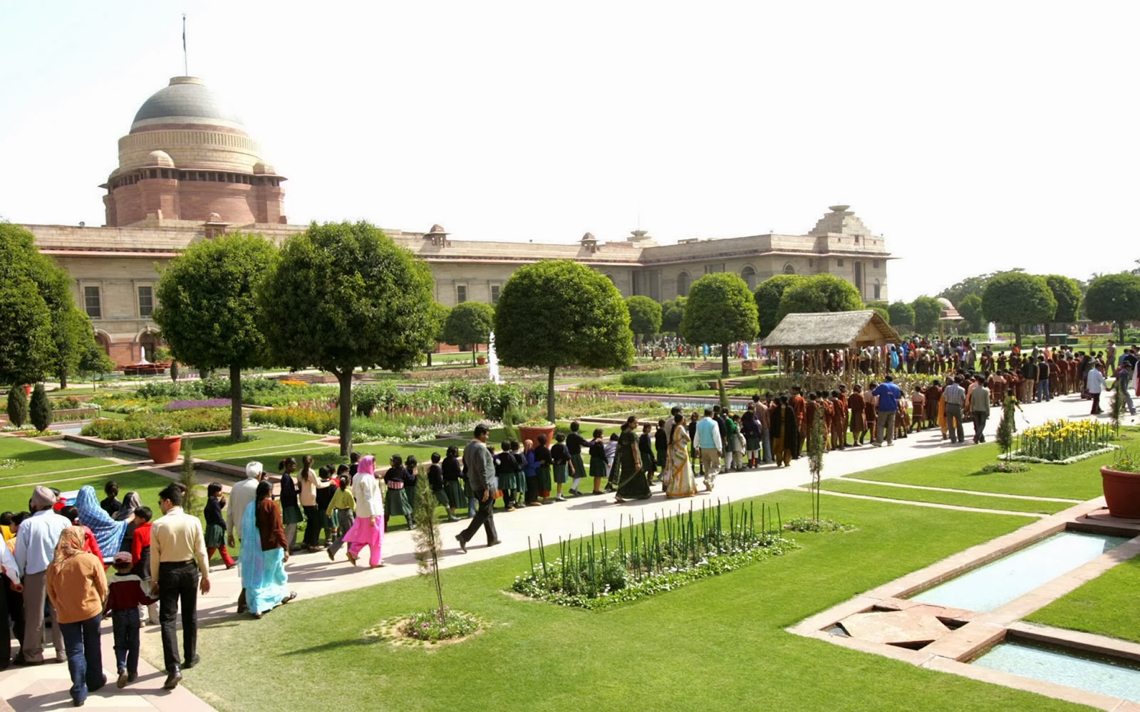 Garden Landscape Design Delhi : Mughal garden rashtrapati bhawan open close days timings