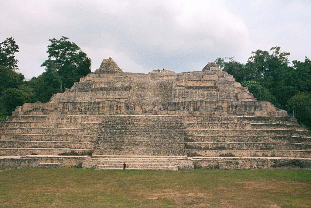 mayan civilisation Jessica cecil examines the fate of the mayan civilisation.