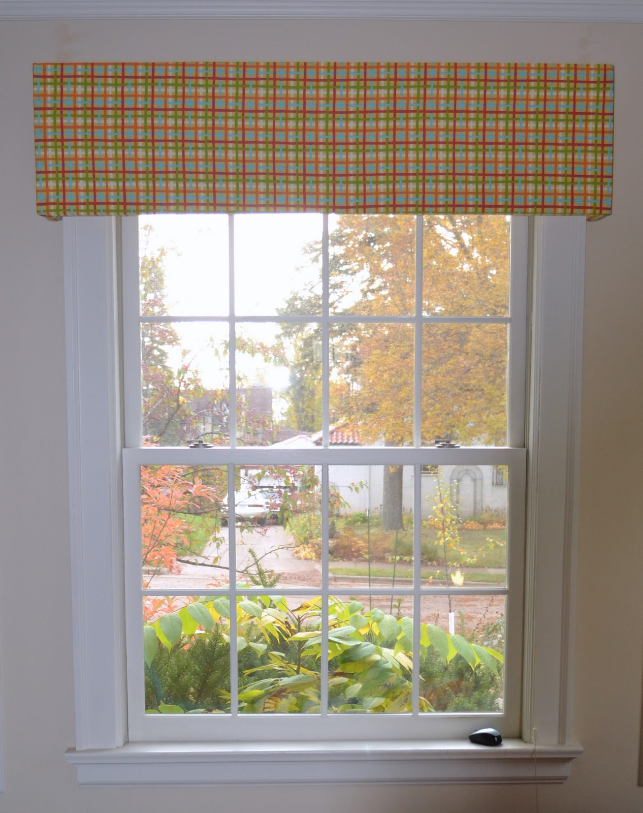 just another method to cover up the custom blinds on all of our windows which you can read more about here most cornice boards are custom made out of - Cornice Board