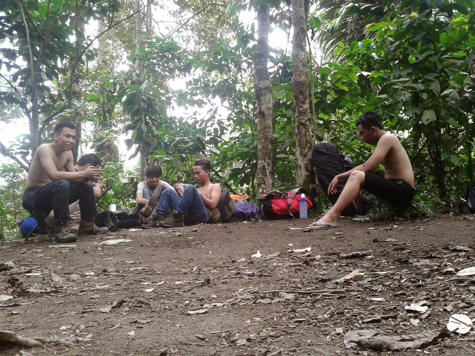 Backpaker Ke Gunung Rajabasa