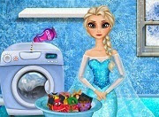Frozen Elsa washing clothes