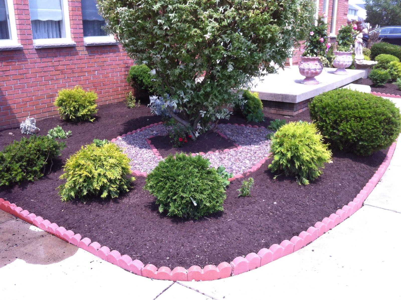 Mulch And Stone GreenKnight Landscaping