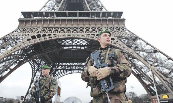Νέκρωσε το Παρίσι..
