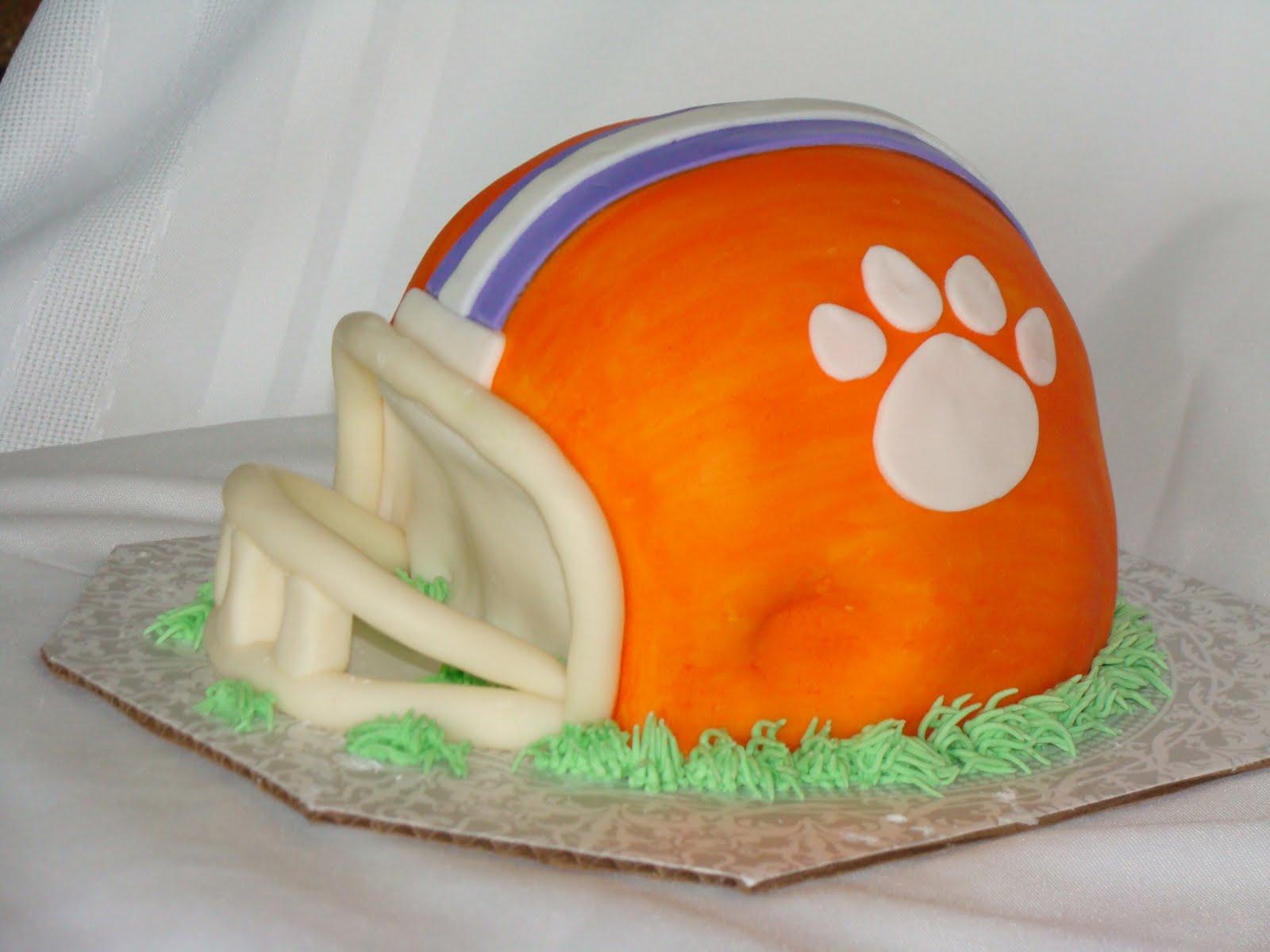 how to make a helmet cake