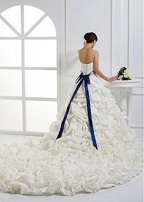 Decoração e Convite de Casamento Azul e Branco