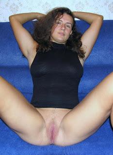 Sexy Pussy - rs-bottomless_flashing037_bottomless_flashing00871-787346.jpg