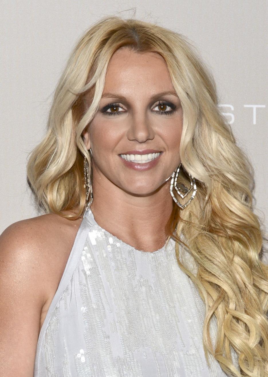 CELEBRITY PROFILES: BRITNEY SPEARS Britney Spears