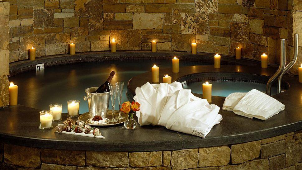 Luxury life design romantic pools for Resort spa home decor