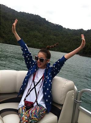 Foto Dara 2NE1 di Filipina 1