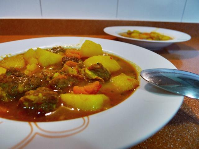Con aroma a caserito estofado de patatas con costillas de ternera olla rapida gourmet del probe - Patatas en olla rapida ...